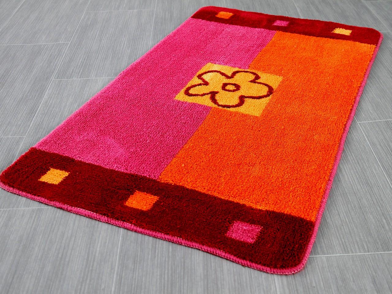 pacific badteppich maui orange pink blumen in 5 gr en badteppiche pacific badteppiche. Black Bedroom Furniture Sets. Home Design Ideas