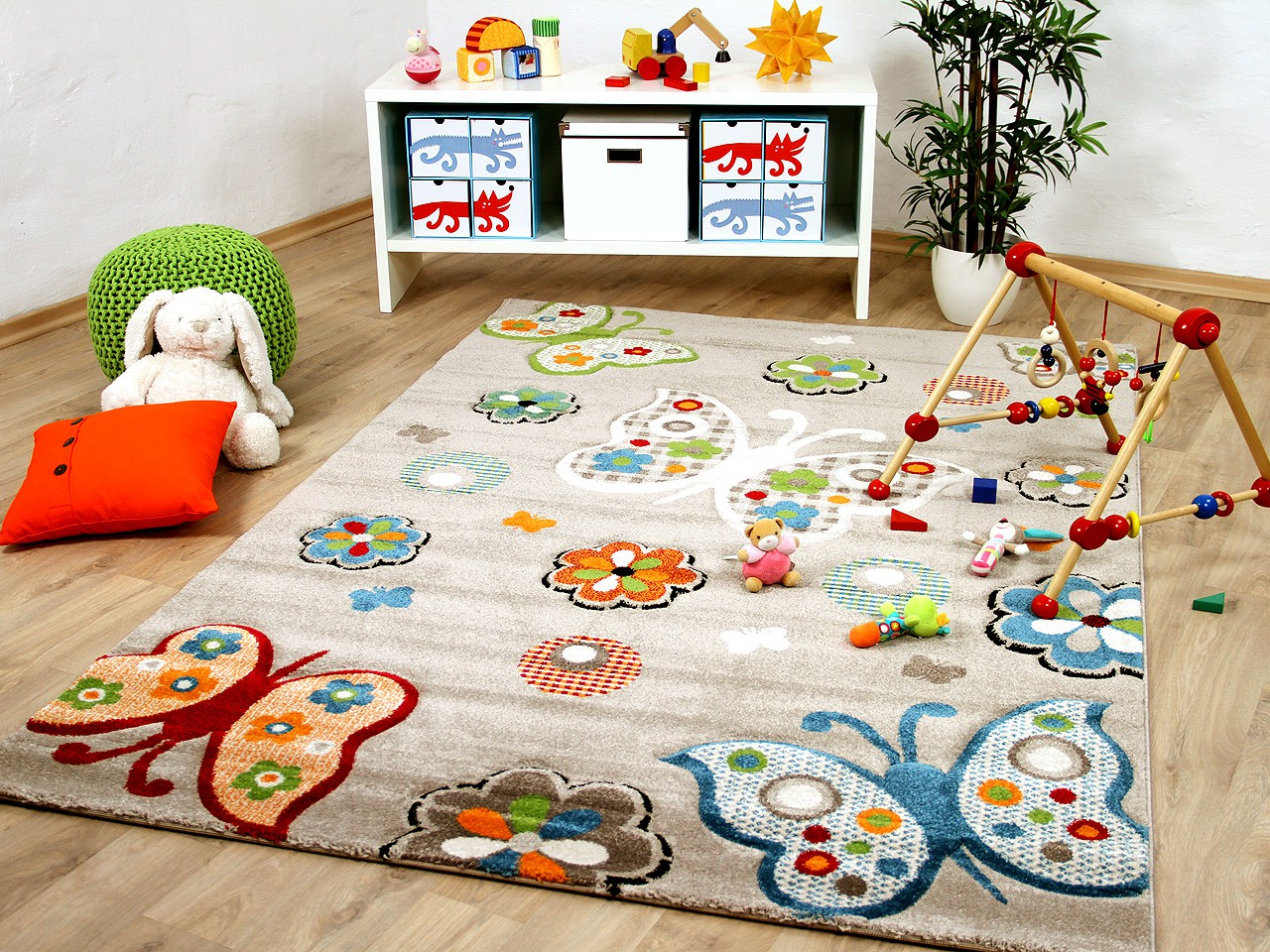 kinder teppich savona kids beige schmetterlinge bunt teppiche kinder und spielteppiche savona kids. Black Bedroom Furniture Sets. Home Design Ideas