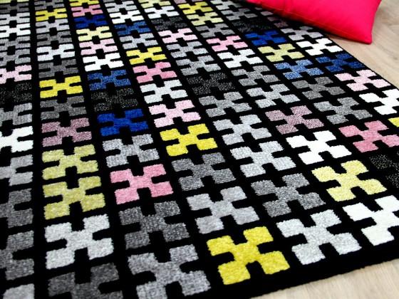 designer teppich sevilla modern schwarz bunt pixel teppiche designerteppiche sevilla teppiche. Black Bedroom Furniture Sets. Home Design Ideas