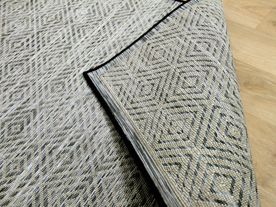 in outdoor teppich beidseitig flachgewebe hampton schwarz meliert garten outdoor teppiche. Black Bedroom Furniture Sets. Home Design Ideas