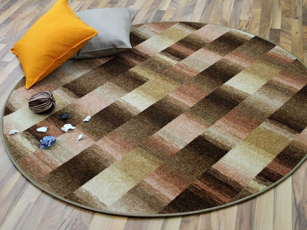 designer velour teppich mystic karo beige rund teppiche. Black Bedroom Furniture Sets. Home Design Ideas