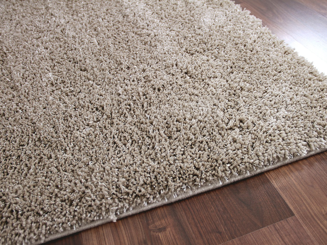 hochflor shaggy teppich dream natur abverkauf teppiche hochflor langflor teppiche beige und. Black Bedroom Furniture Sets. Home Design Ideas